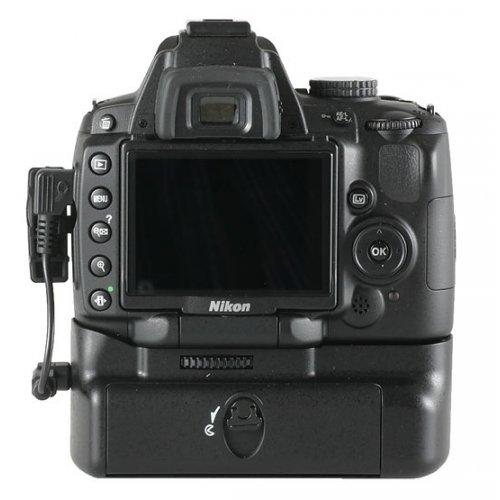 Meike bateriový grip Nikon D5000