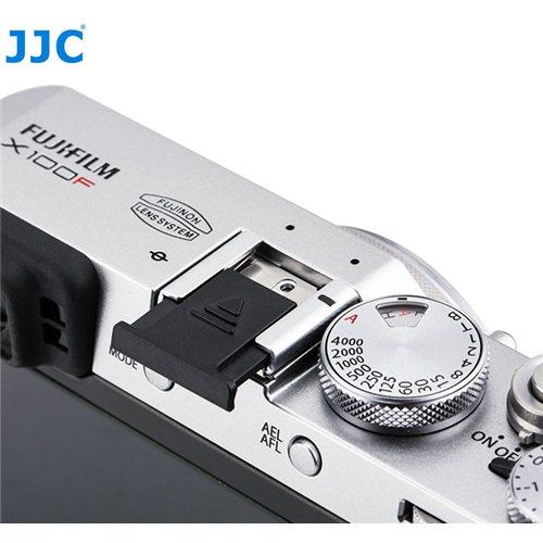 JJC krytka sáněk blesku Fujifilm HC-F